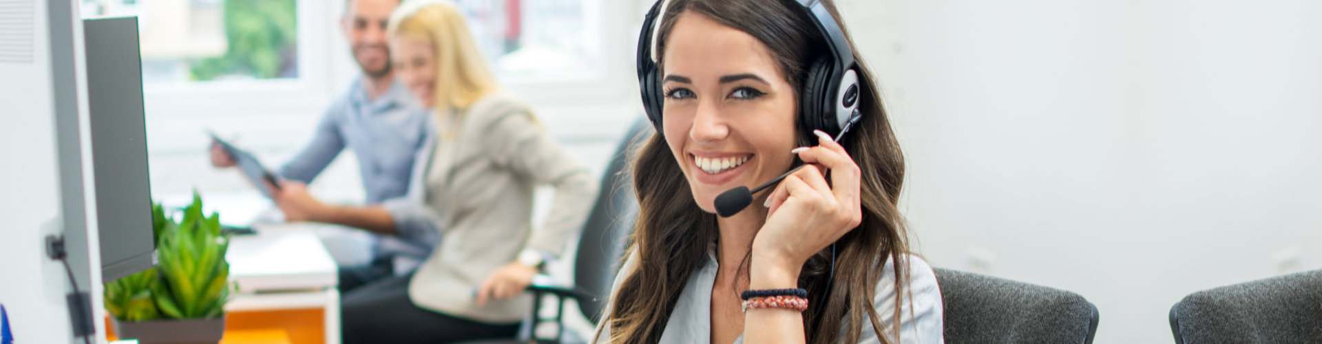call center agent at work